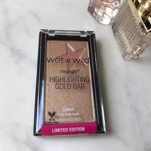 Wet n Wild Highlighting Gold Bar 💫
